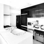 新築住宅の対面キッチンに吊り戸棚って必要?